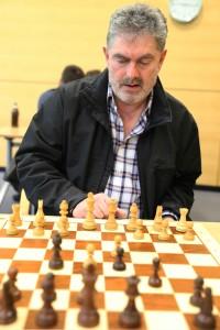 Am Brett der Sieger des B-Opens Sandor Varszegi